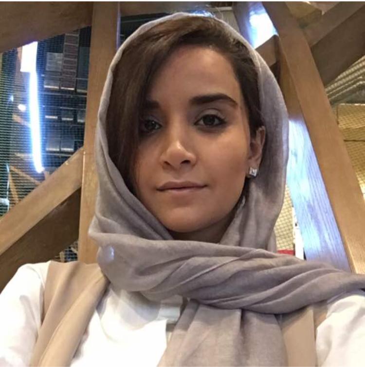 سارا فیروزآبادی